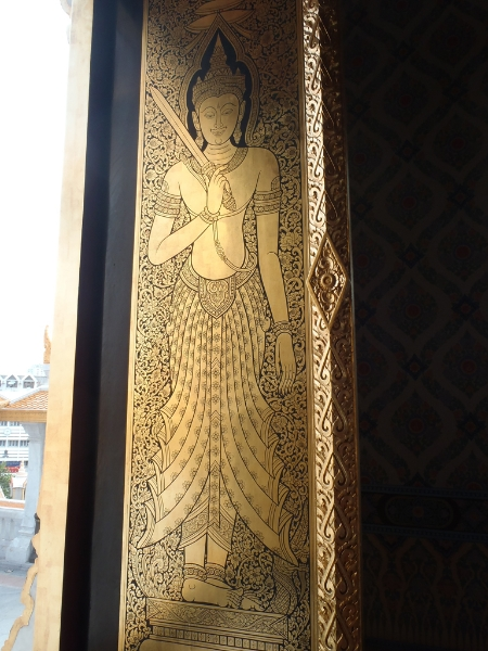 goldenbuddha-lucka
